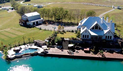 Rural homes for sale sweetbay farm reader swartz for Texas ranch piani casa con portici